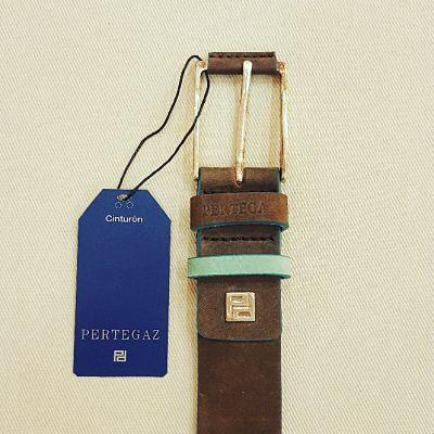 Cinturón Pertegaz anteado detalle hebilla